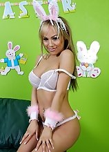 Gorgeous blonde bunny girl Celeste just loves flashing her little white tail!