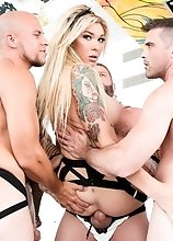 Glamorous knockout TS Aubrey Kate finds herself surrounded by six ballplayers wearing only tattoos, beards, jockstraps and eye black! Gangbang