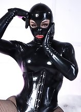 Her Royal Kinkiness Bianka Reveals Her Juicy Bulge Behind Her Tight Latex