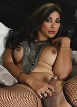 Seductive Vaniity strips and plays